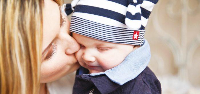 赤ちゃんに触れても安心♡肌に優しいファンデーションの選び方